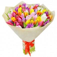 Букет Тюльпаны в крафте 55 шт
